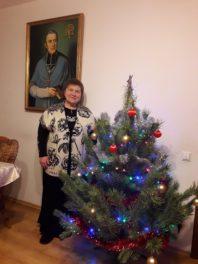 Подяка пані Олі, яка багато років грала на органах в парафії св. Миколай у Києві