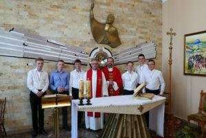 Обра: Прийняття шести кандидатів до нашого новіціяту Місіонерів Облатів Марії Непорочної